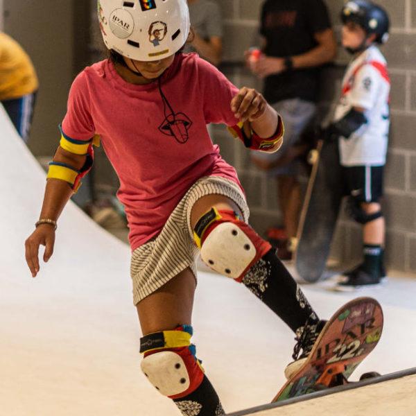 clases-skate-o-patineta-skatepark-indoor-cubierto-en-eibar-escuela-patineta-IPAR