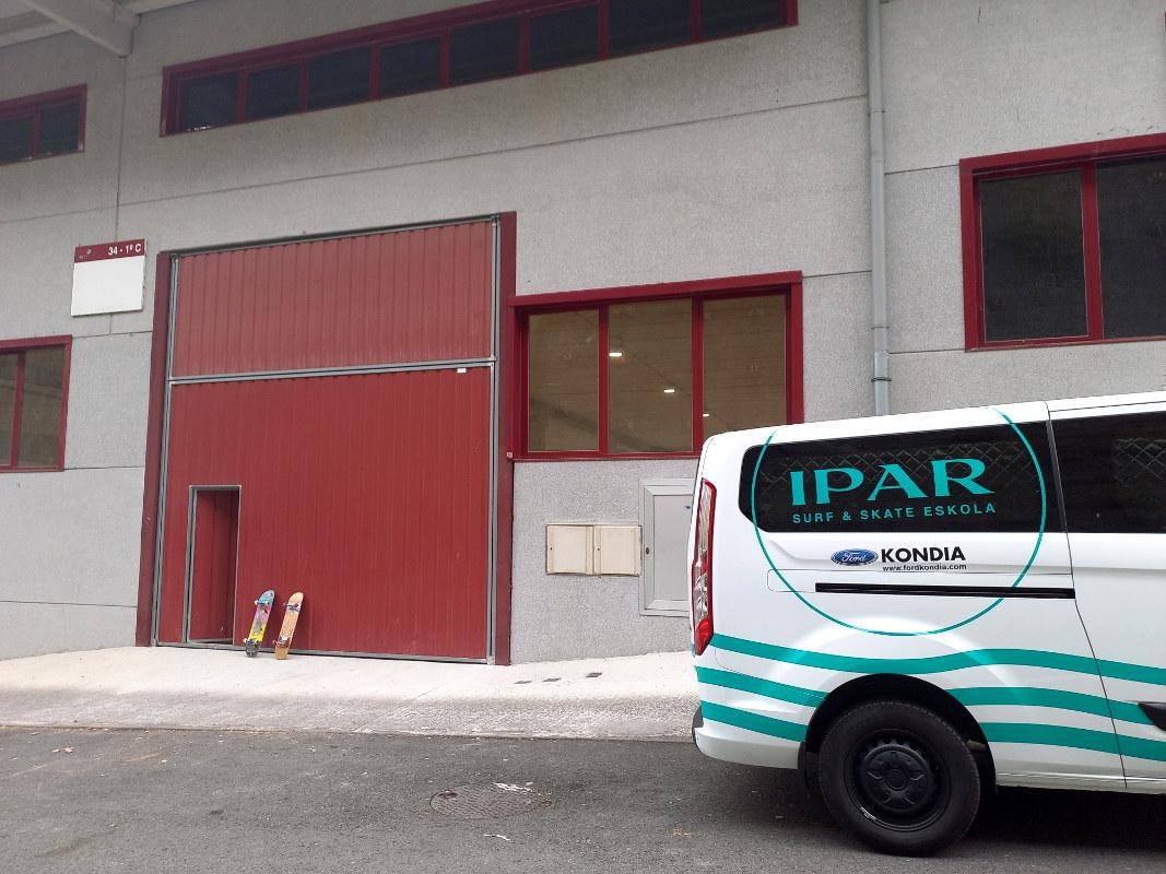 Matsariako poligonoa 34 - 1c IPAR skate eskolako skatepark indorra